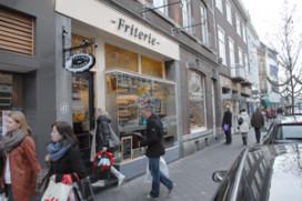Wietpas kost Maastrichtse cafetaria's omzet