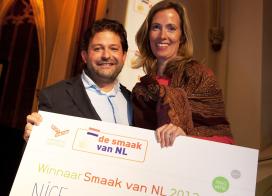 Aardbeienijs op stokje wint De Smaak van NL