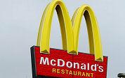 Dorpelingen verjagen McDonald's