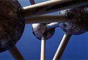 Fritesklucht Atomium voorbij