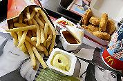 McDonald's medewerker ontslagen na weggeven frites