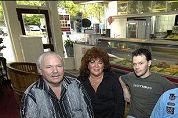 Cafetaria-echtpaar terug op oude stek