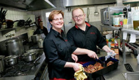 Het Smulhuis van 58 naar 2 in Cafetaria Top 100