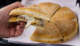 Burgerking introduceert New York Pizza Burger
