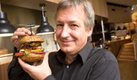 Oud-minister Gerrit Zalm opent hamburgerrestaurant Burgerz