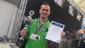 Mark van Gurp wint Lekkerste Hamburger Fastest