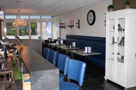 Cafetaria Top 100 2014 nummer 26: Cafetaria Kom us Aan!, Budel