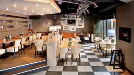 Cafetaria Top 100 2014 nummer 34: Verhage Floriande Hoofddorp, Hoofddorp