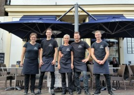 Cafetaria Top 100 2015-2016 nummer 68: De Elburger Broodjes & Snacks, Elburg