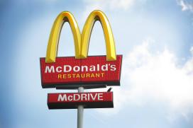 Onbeperkt friet eten bij McDonald's