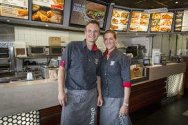 Nummer 2 Cafetaria Top 100: Verhage Zwijndrecht – Walburg doet het net even anders