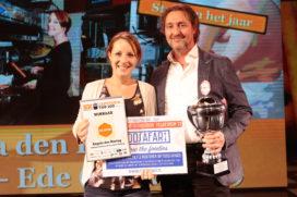 Cafetaria Top 100 'Ster van het Jaar' straalt op podium