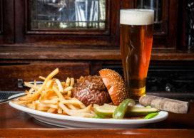 Inburgeren in Manhattan: drie hamburgerervaringen