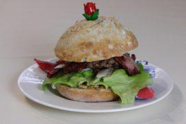 Hamburger met stroopwafel en karamel is de lekkerste