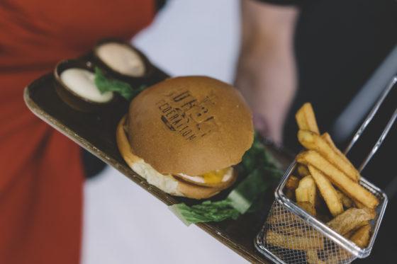 Burger federation 9 560x373