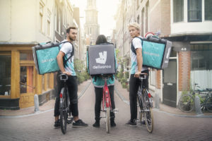 Amazon investeert miljoenen in Deliveroo