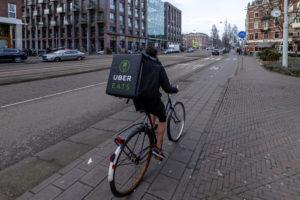 Uber wil Deliveroo overnemen