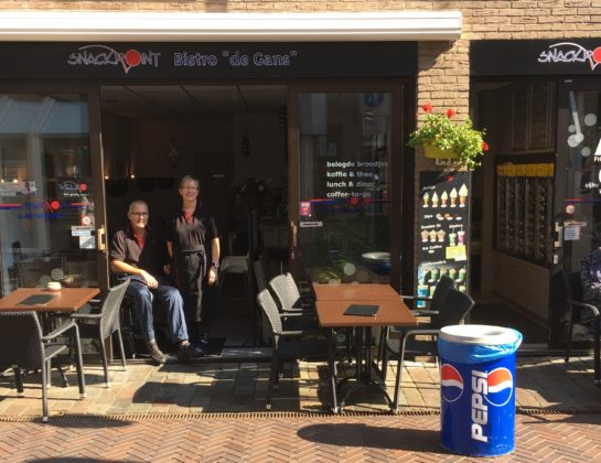 Snackpoint De Gans verkocht; emotioneel afscheid voor ondernemerspaar