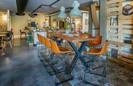 Groeiende aandacht voor interieur en terrasaankleding bij cafetaria's