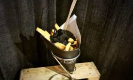 Frietboutique ontwikkelt Black Fries