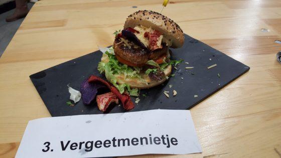 Jaimy Boerkamp (AnyTyme Place to Be) Een gekruide kalfsburger op een brioche bun.