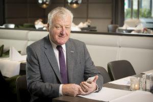 Johan van der Weerd in hoofdjury Cafetaria Top 100