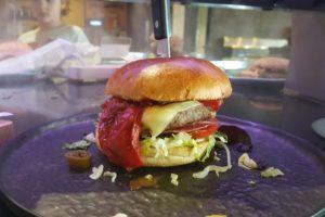 Vincent Oud maakt de beste hamburger van AnyTyme