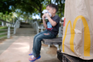 Geen cheeseburger meer in McDonald's Happy Meal