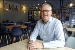 WOK& blijkt geen succes; Wim Markwat gooit het roer om