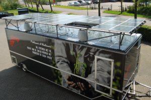Primeur: cateraar bouwt zelfvoorzienende snackwagen