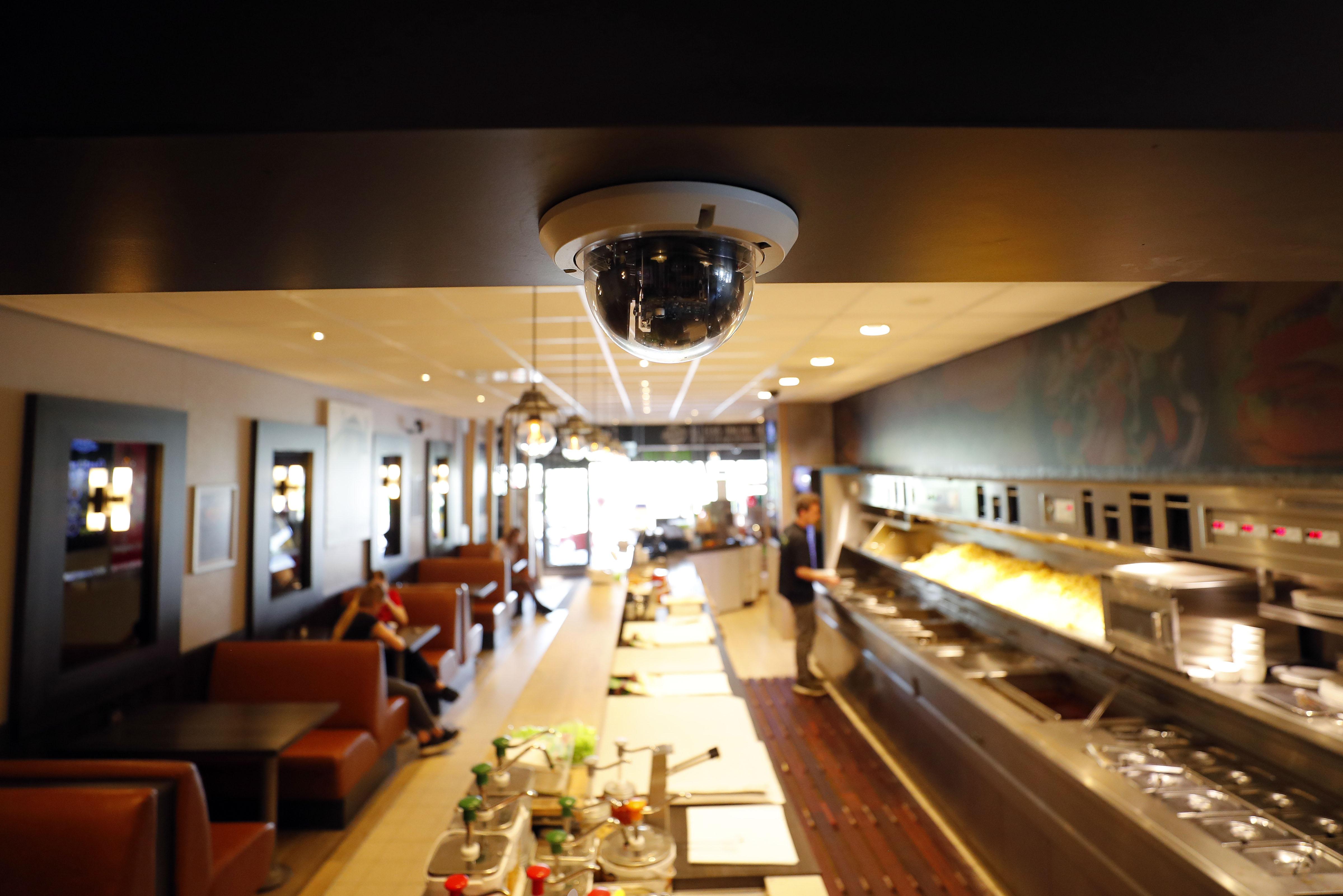 Eigenaar Cafetaria XL trots op medewerkers na overval