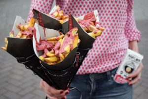 Frietboutique introduceert friet met rode chocolade