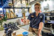 Werken in de cafetaria is populairste vakantiebaan