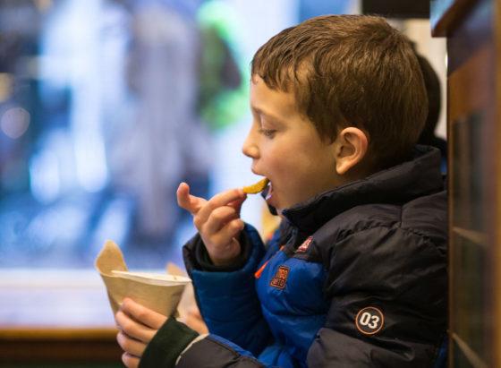 Nederlands Frituurcentrum en ProFri lanceren Smulscore voor cafetaria's