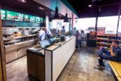 Tony's Plaza: luxe friet en hamburgers na het tanken