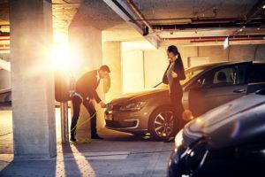 Laadpalen voor elektrische auto's: extra service met interessante winstmarge