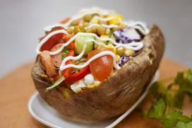 Gepofte aardappels van Mr. Kumpir komen naar Arnhem