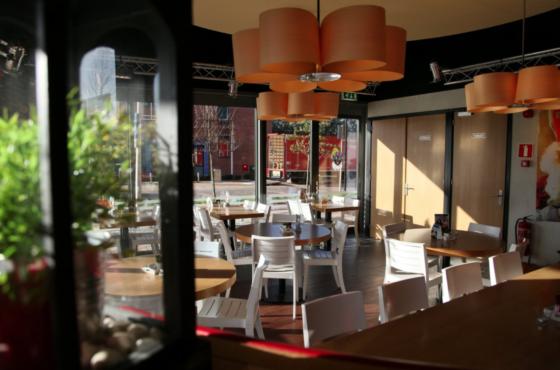 Cafetaria Top 100 2018 nr. 79: Verhage Louwersplein, Hendrik-Ido-Ambacht