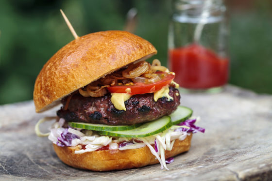 Zo vieren cafetaria's en restaurants Internationale Hamburgerdag