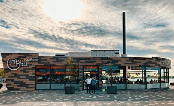 Bijzondere Eetwinkel in Cuijk; Het Boothuys opent met terras aan het water