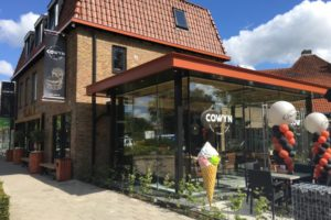 Cafetaria Cowyn heropend in groter en luxer pand
