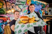 Burger Business: 'Ik durf te zeggen dat wij onze maaltijdbezorgers beter begrijpen'