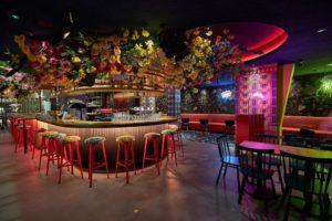 Ter Marsch & Co opent vernieuwde burgerbar in Amsterdam