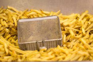 Kritische blik op de prijs van friet