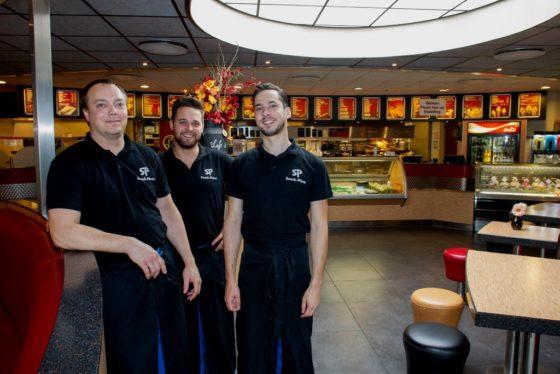 De cafetariabezoeker volgens Snack-Plaza Willem de Boer: 'Men wil goed eten en het moet er op tijd zijn'