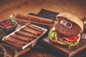 Vanreusel introduceert vegetarische frikandel voor foodservice